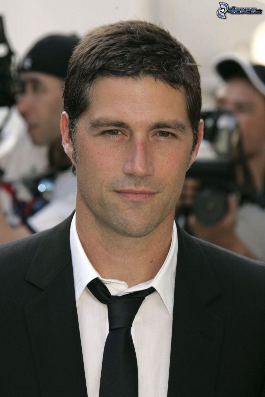 Matthew Fox, man in suit, tie