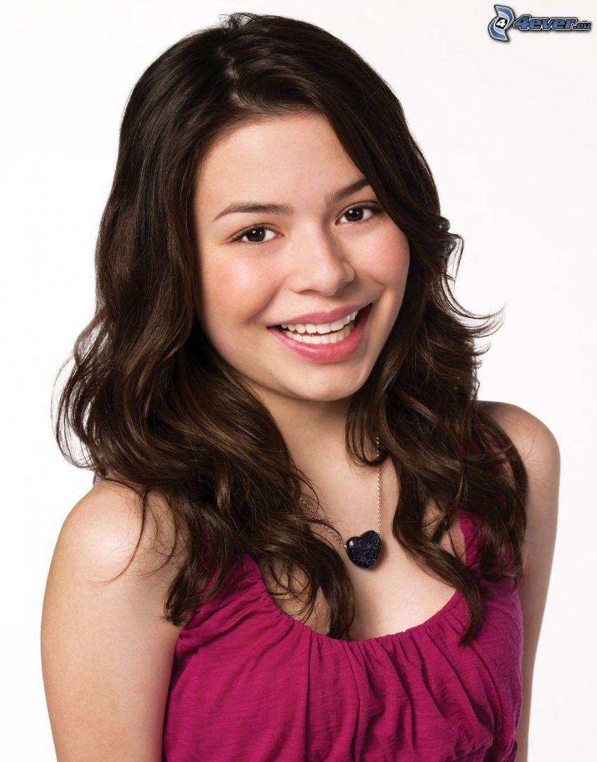 Miranda Cosgrove, necklace, heart
