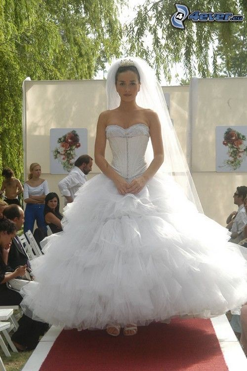 Natalia Oreiro, actress, singer, wedding dress, wedding