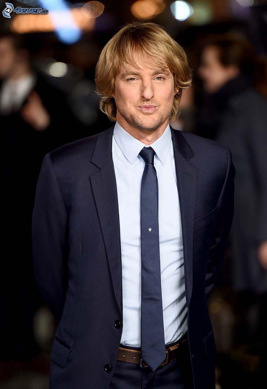 Owen Wilson, man in suit