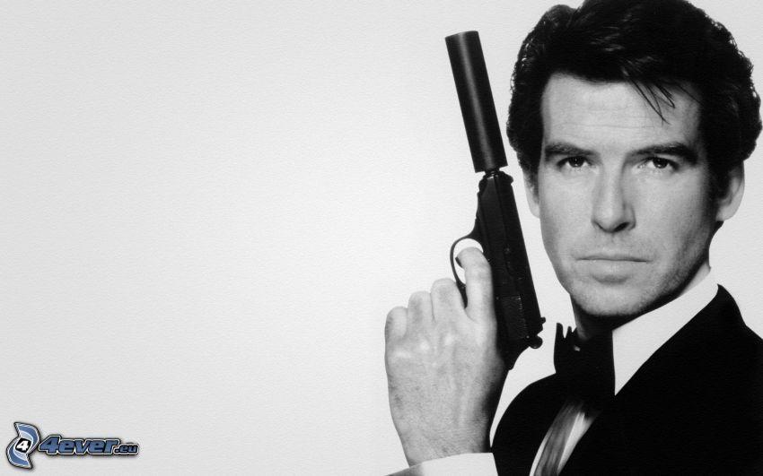 Pierce Brosnan, man with a gun
