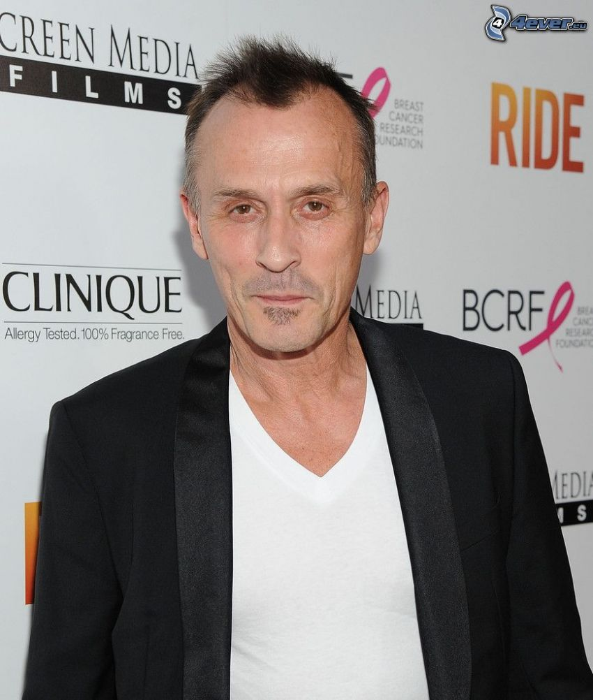 Robert Knepper