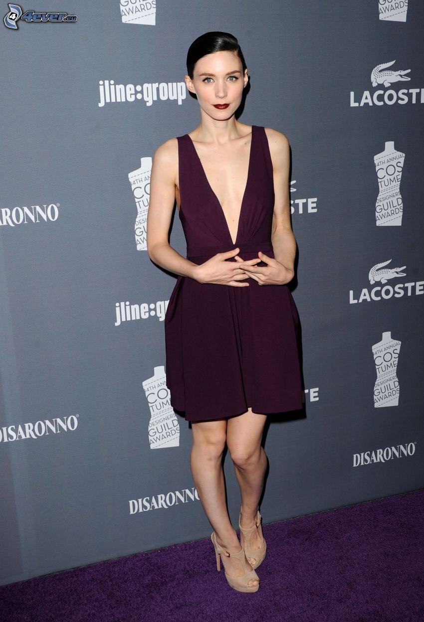 Rooney Mara, purple dress