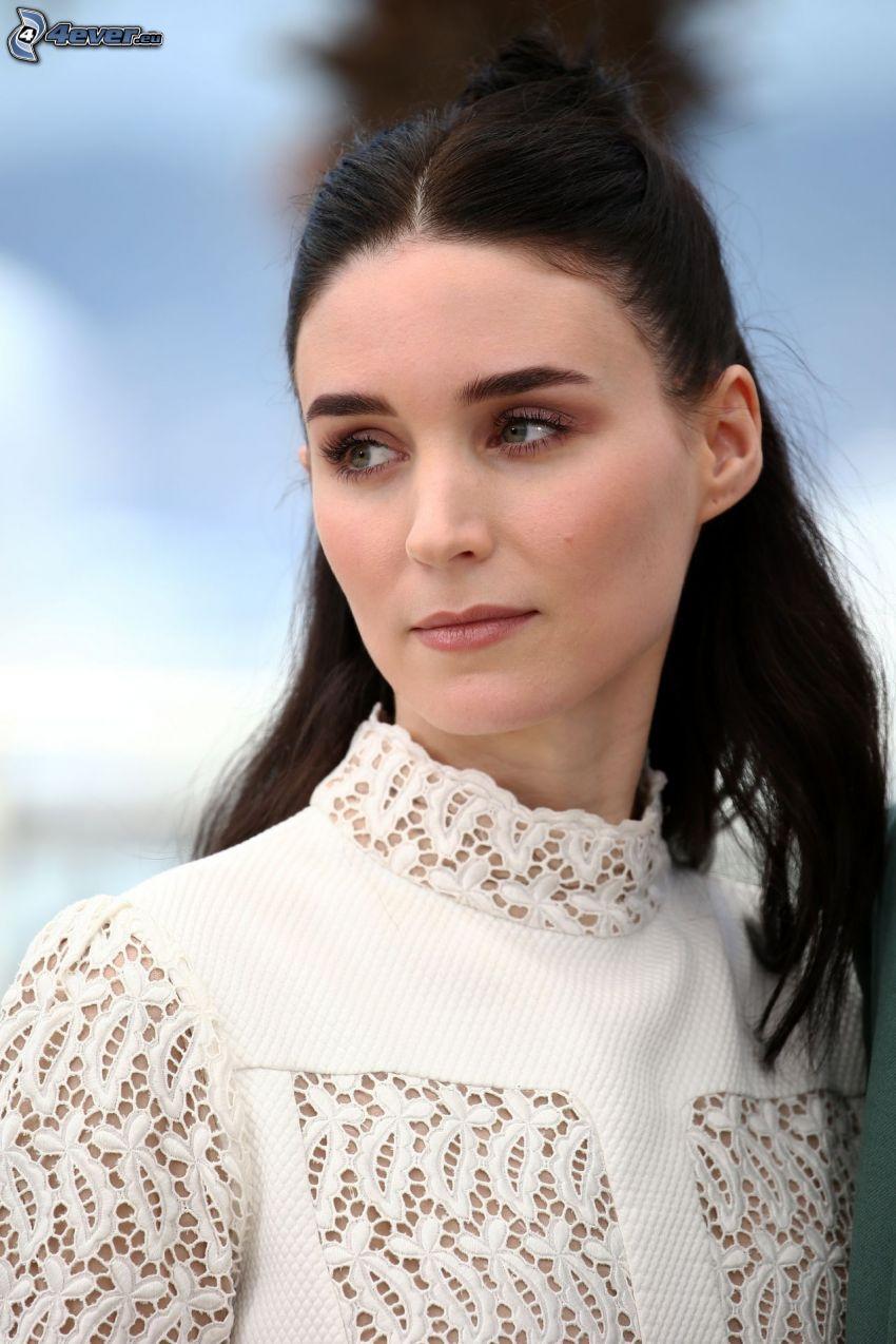 Rooney Mara, white dress, look