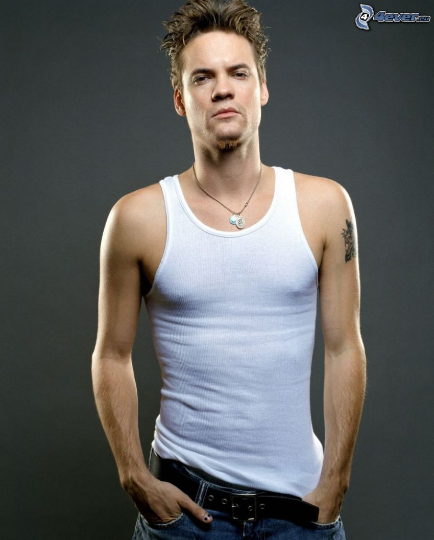 Shane West, undershirt