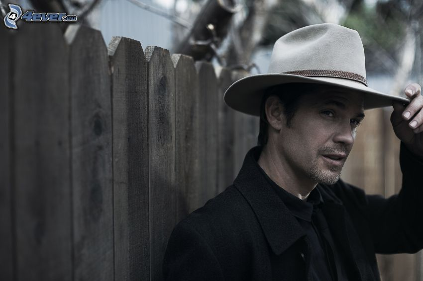 Timothy Olyphant, a man in hat