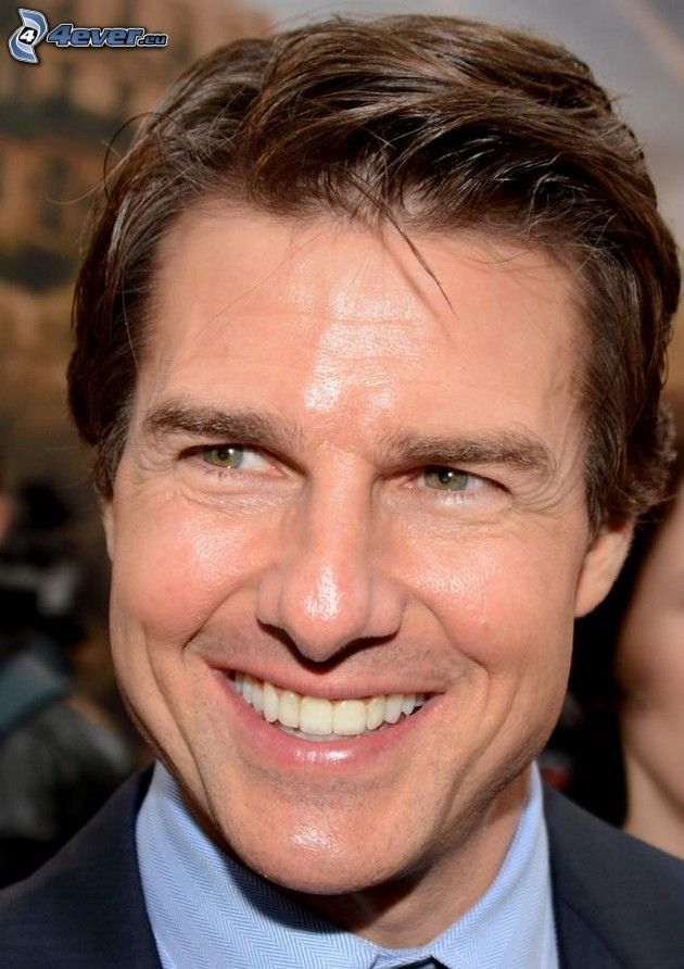 Tom Cruise, smile