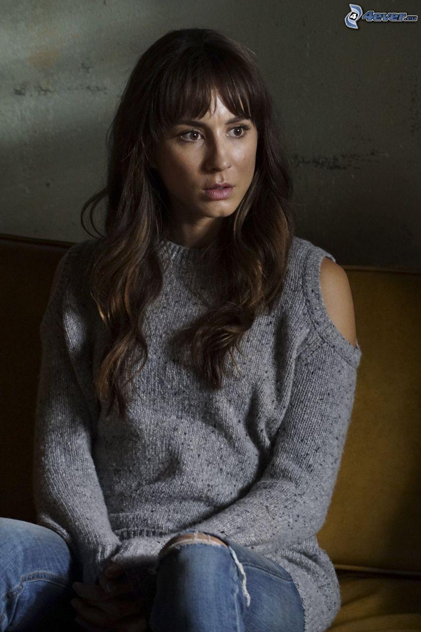 Troian Bellisario, sweater