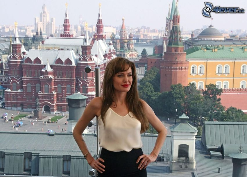 Angelina Jolie, view of the city, Kremlin, Moscow