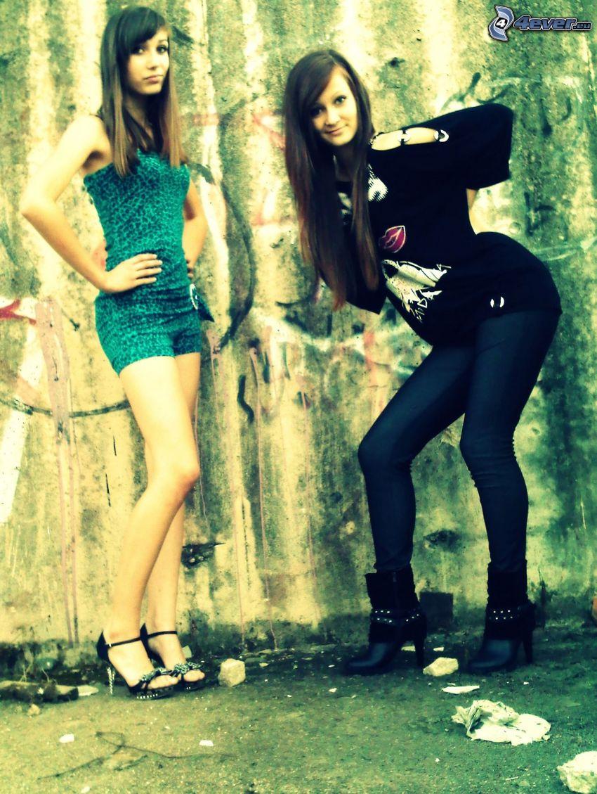 girls, graffiti
