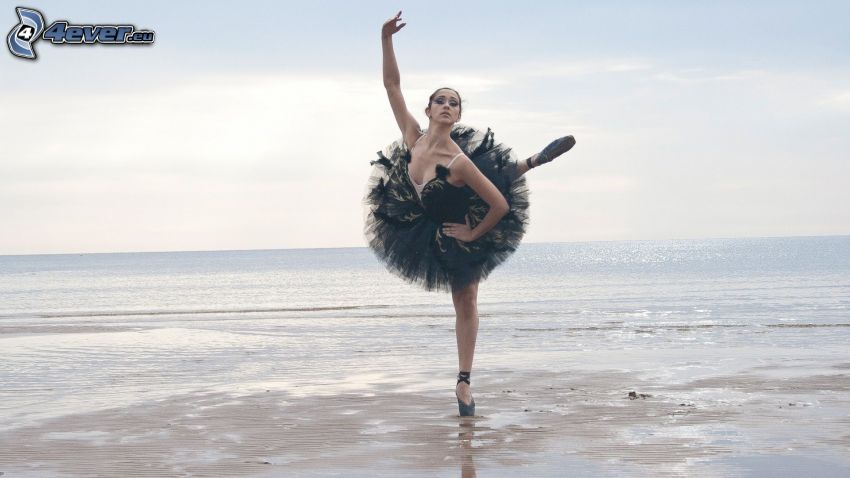 ballerina, pose, sea