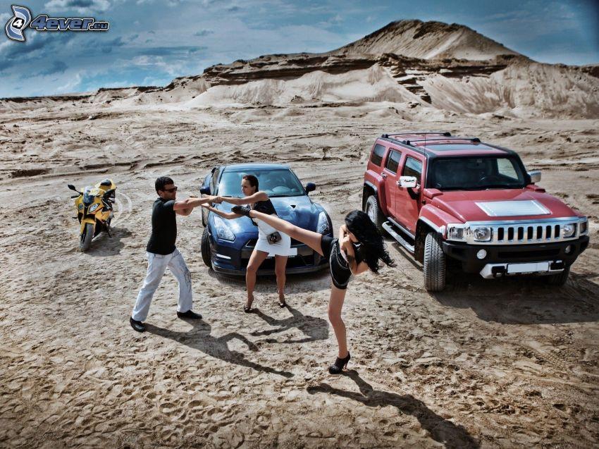 battle, women, man, motocycle, car, Jeep