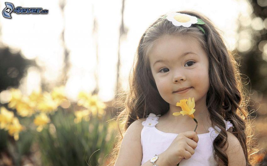 girl, daffodil