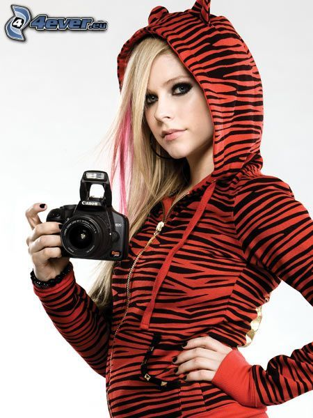 Avril Lavigne, camera, ears, sweater