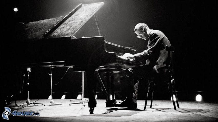 Bill Evans, pianist, play the piano, black and white photo