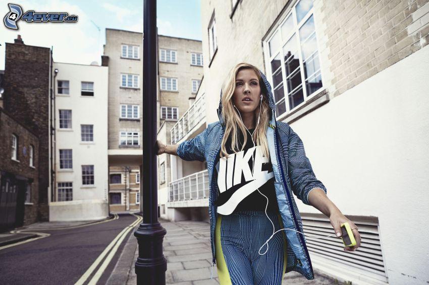 Ellie Goulding, street