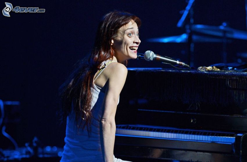 Fiona Apple, piano, singing, laughter