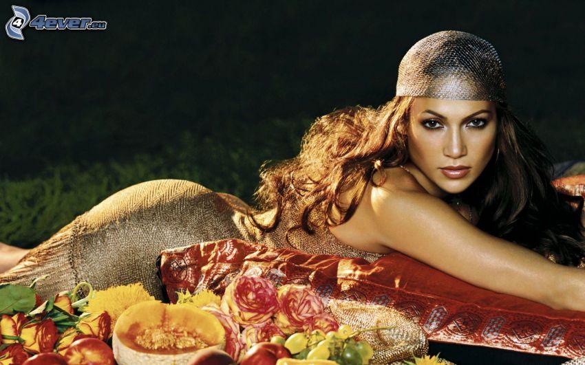 Jennifer Lopez, roses