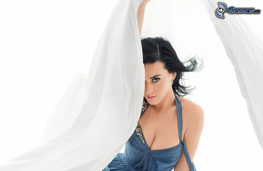 Katy Perry, curtain