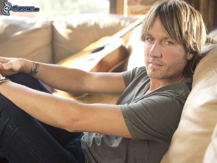 Keith Urban, guitar
