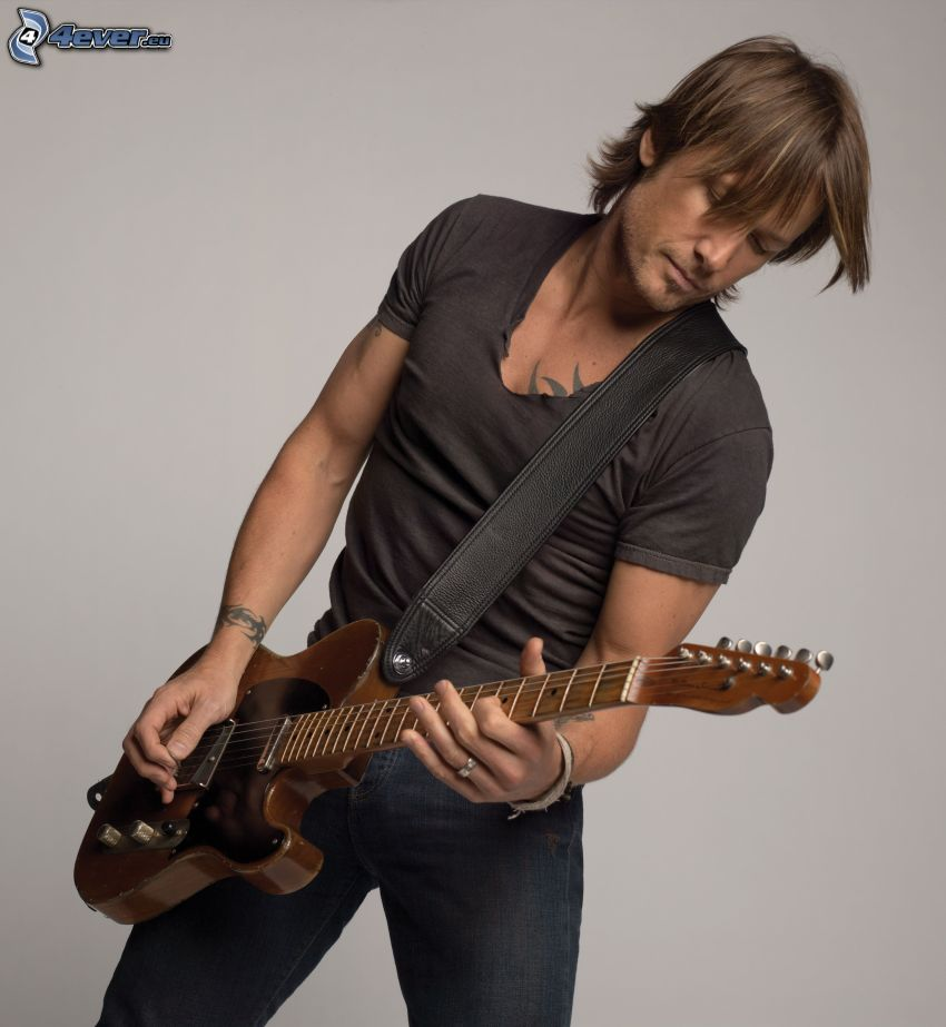 Keith Urban, man with guitar