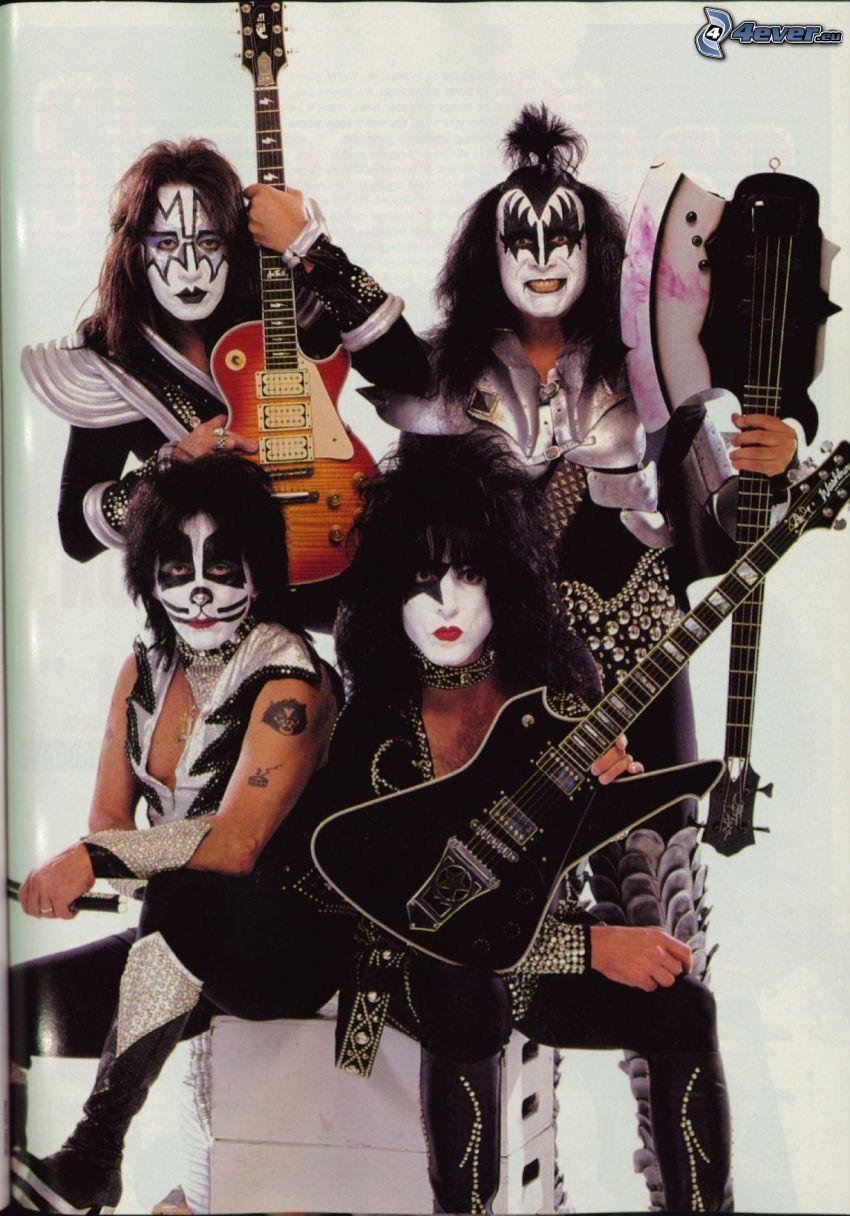 Kiss, guitars