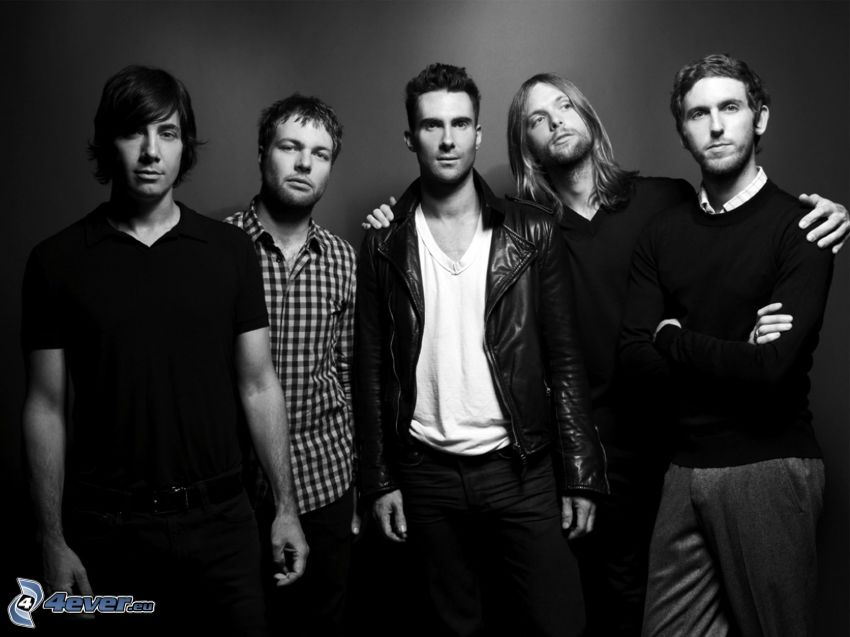 Maroon 5, black and white photo