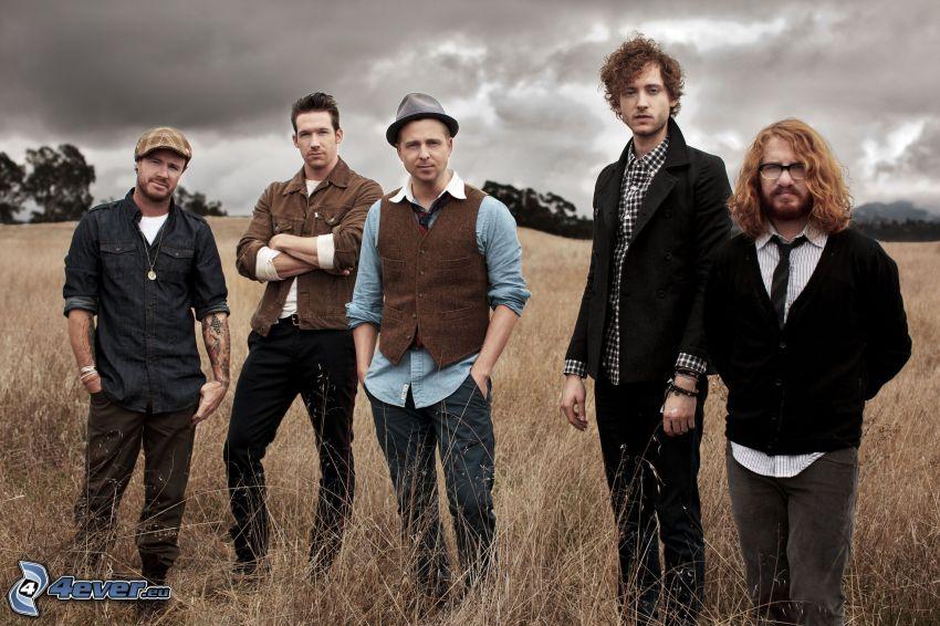 OneRepublic, field