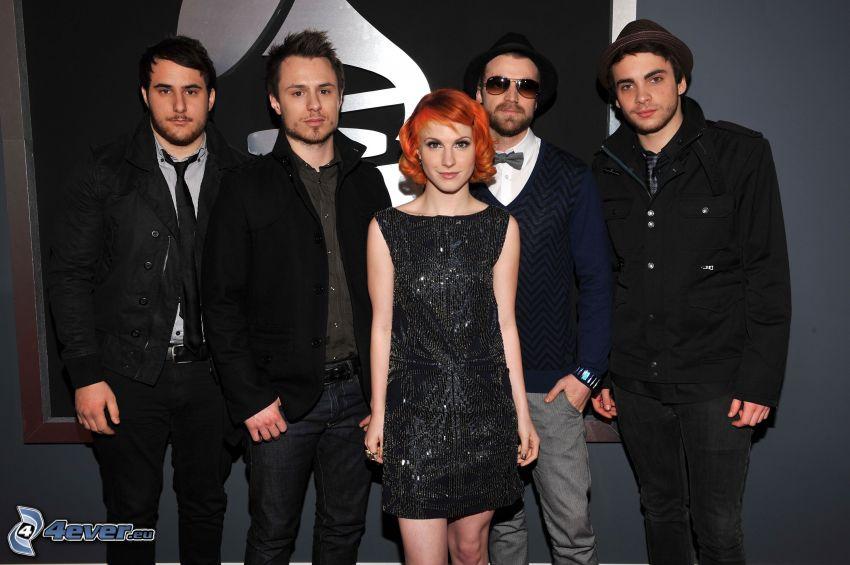 Paramore, black minidress