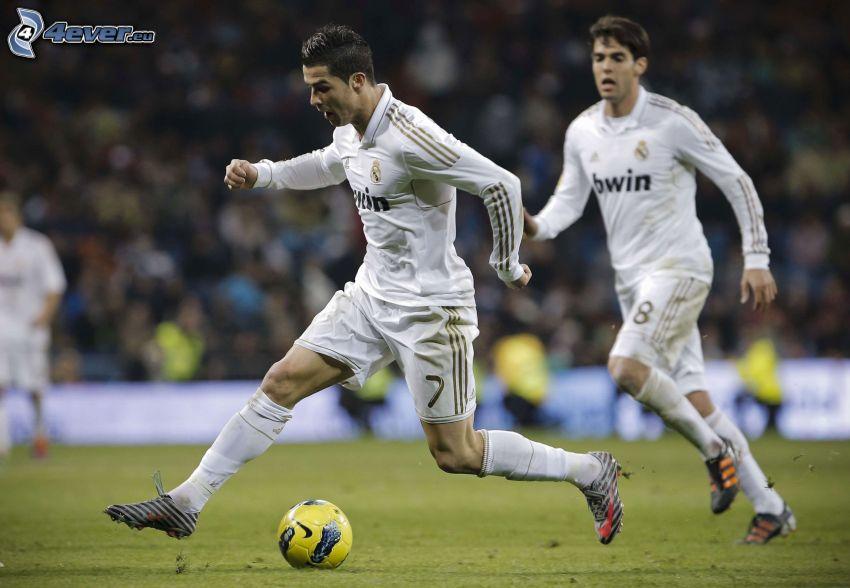Cristiano Ronaldo, Kaká, soccer ball