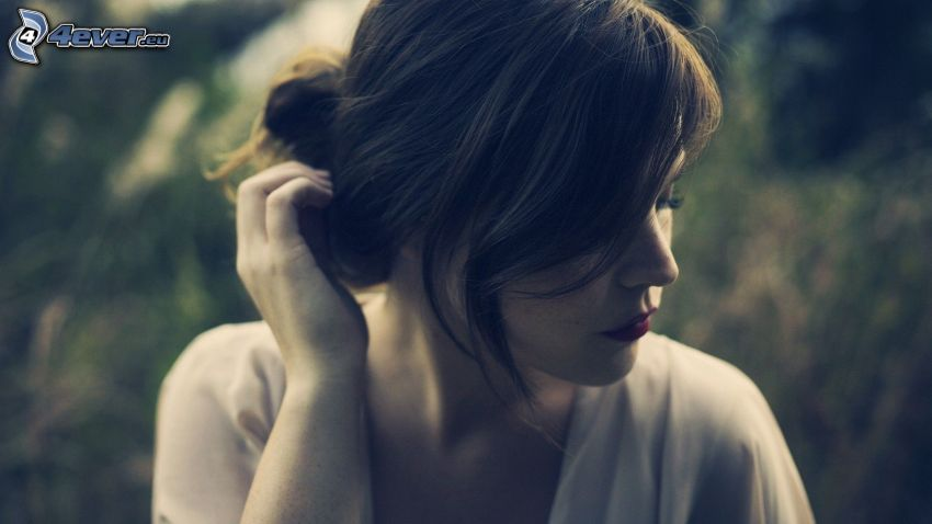 woman, brunette