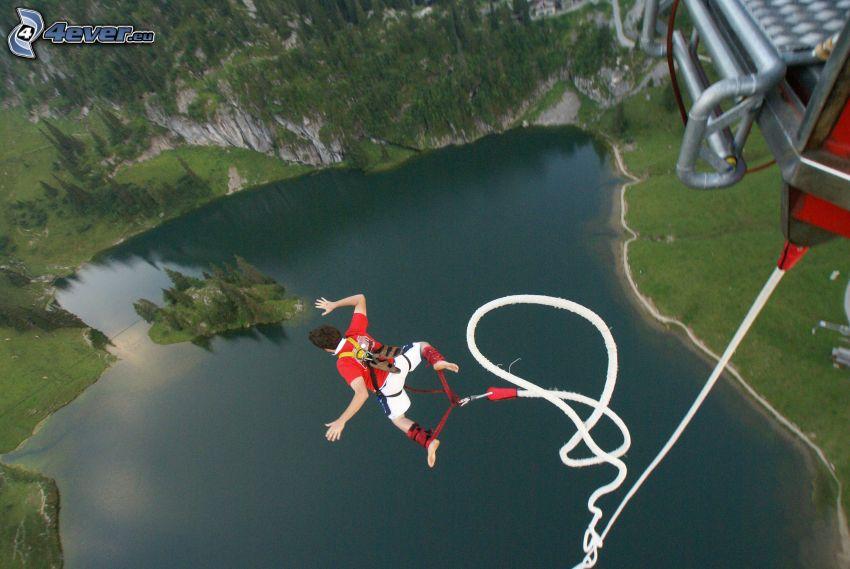 Bungee jumping, lake