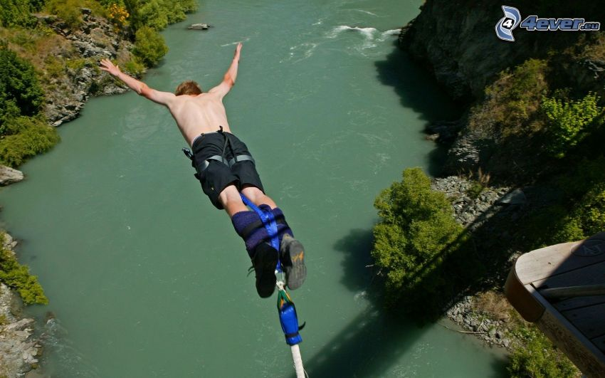 Bungee jumping, River