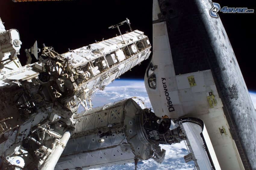International Space Station ISS, Space Shuttle Discovery