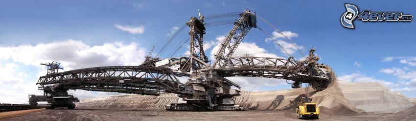 The huge mining machine