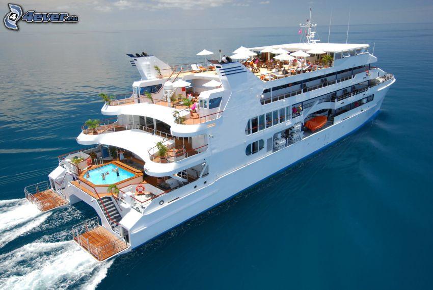 luxury ship, open sea