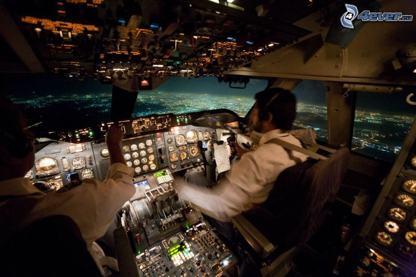 pilots, cockpit, Boeing 747, night city