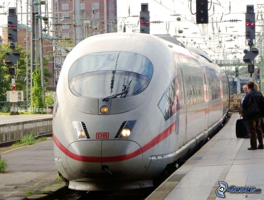 ICE 3, railway station, high speed train