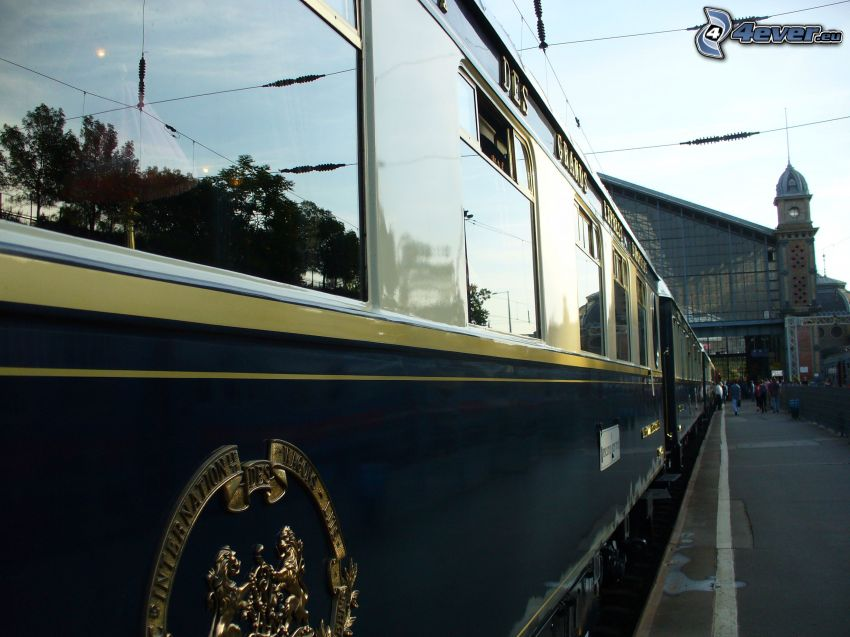 Orient Express, Budapest, Pullman, rail car, railway station