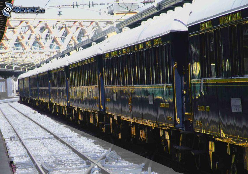 Orient Express, historic rail cars, Pullman, railway station