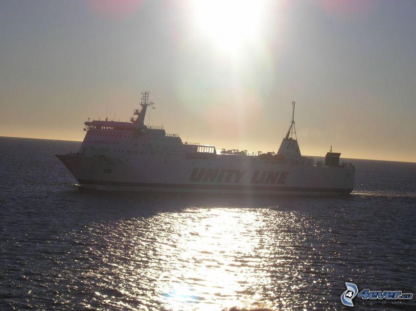 Unity Line, freighter, sea, sun