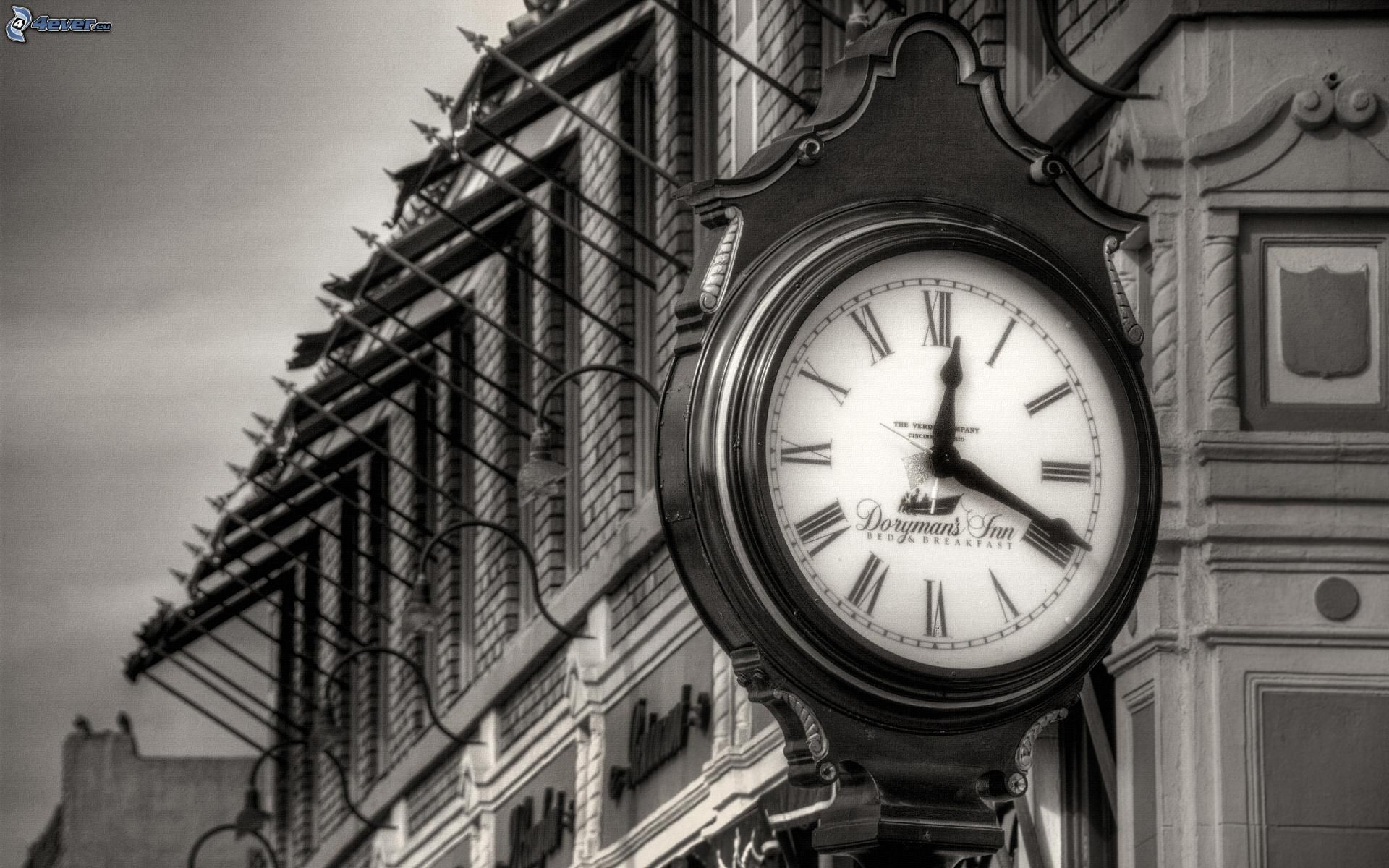 Clock Building Black And White Photo 189613